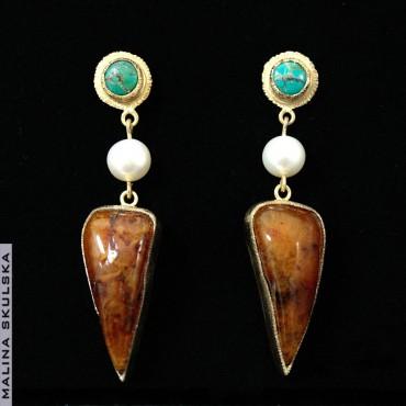 Długie kolczyki z turkusem,perłami i bursztynem