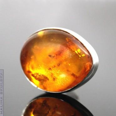 Złocisty bursztyn - pierścionek