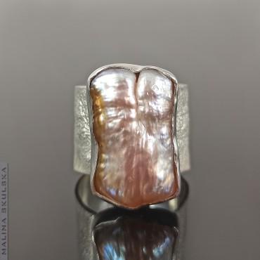 Srebrny regulowany pierścień z perłą